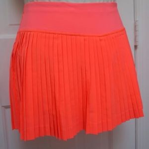 Lululemon pleat to street skirt shorts leg grip's